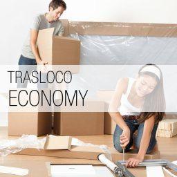 Con il Trasloco Economy, non devi preoccuparti del trasporto dei tuoi effetti personali. Tu smonti i mobili e ci prepari gli scatoloni e noi li carichiamo e li trasportiamo fino alla tua nuova casa.